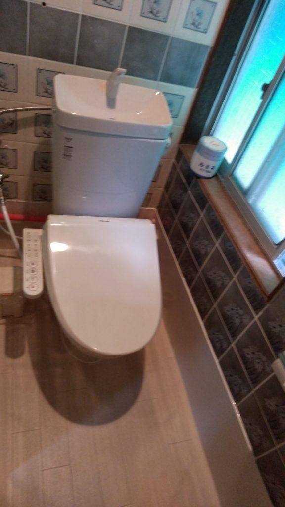 温水洗浄便座も新設です